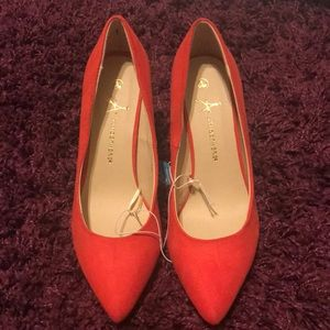 Shoes - Super cute coral stiletto heels